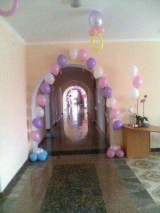 Оформление воздушными шарами больницы