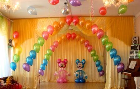 Оформить выпускной в детском саду шариками