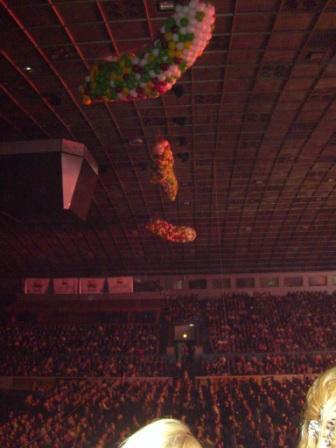 Воздушные шары украсят корпоратив