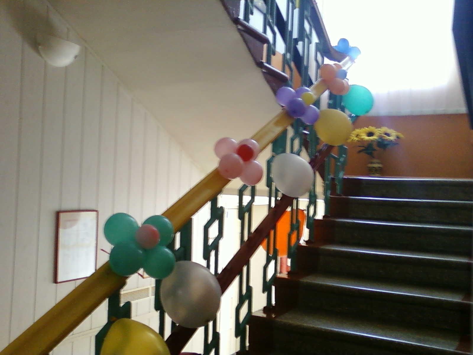 Украшение шарами Выпускного вечера в детском саду