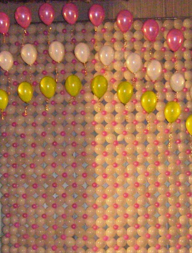 Цветочное панно из шариков