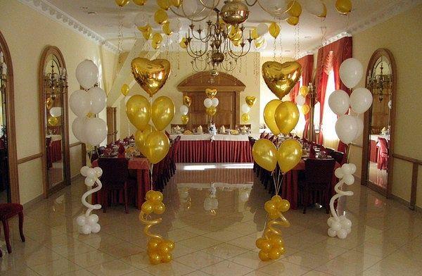 Букеты из шаров лучше всего украсят свадьбу