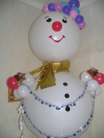 Фигура из шаров - Снеговик с бантом