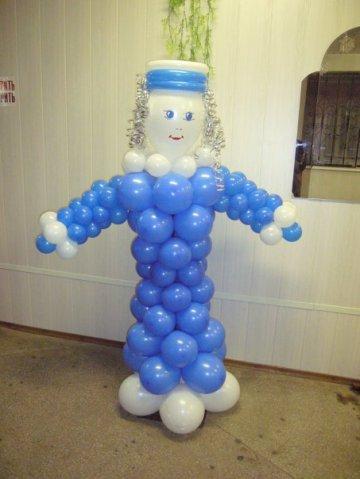 Снегоурочка из шариков