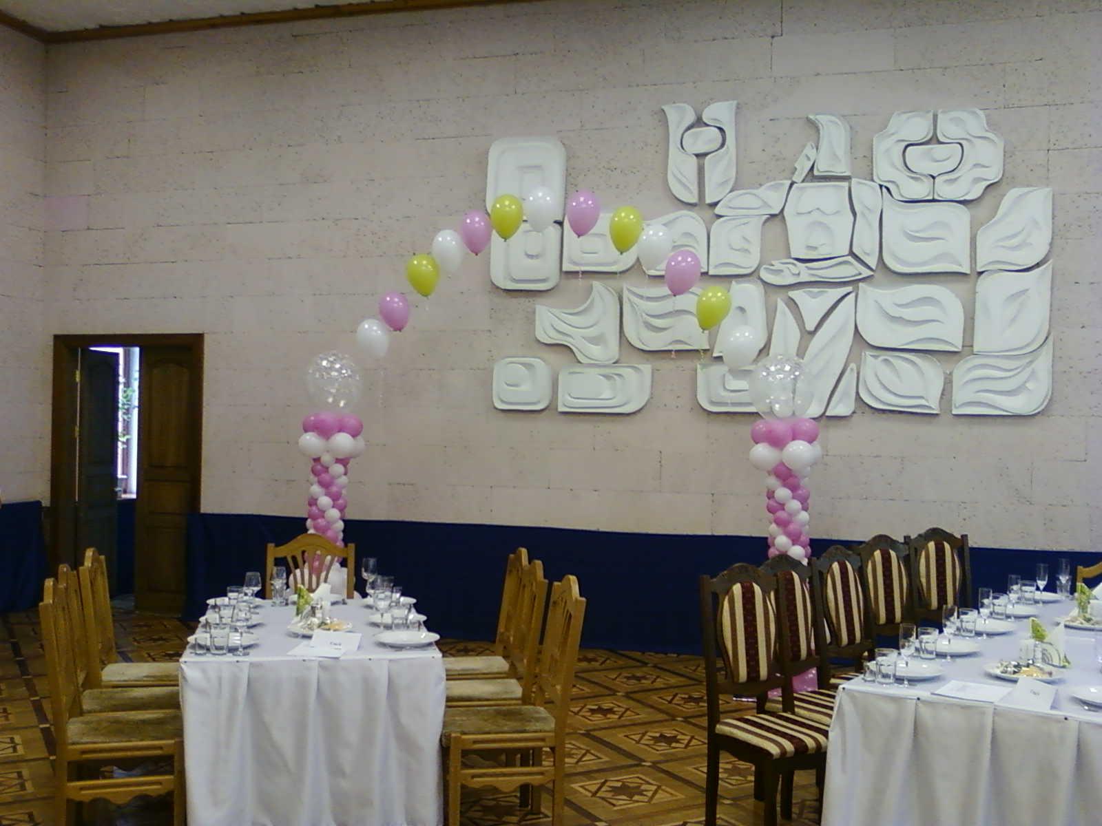Украшение шарам на свадьбу фото
