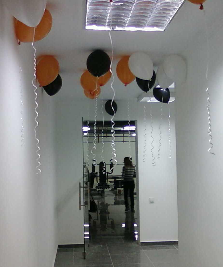 Открытие фитнес клуба - оформление шарами